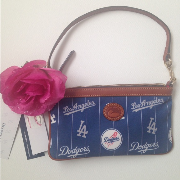 Dooney and bourke dodger purse